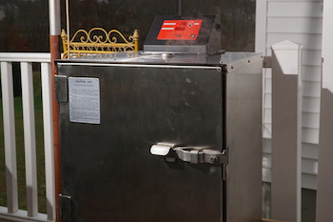 Fast Eddy's by Cookshack - pellet smokers & grills